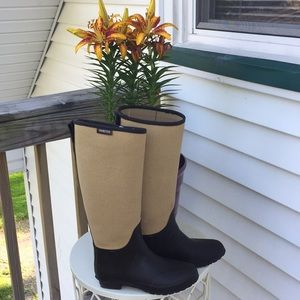 Super cute hunter boots